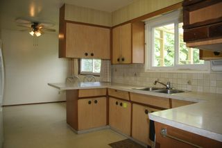 Photo 11: 46030 Avalon Avenue in Chilliwack: Fairfield Island House for sale