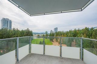 Photo 8: 1508 3093 Windsor Gate in Coquitlam: Condo for sale : MLS®# R2303443