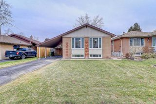 Photo 1: 6 Lausanne Cres in Toronto: Guildwood Freehold for sale (Toronto E08)  : MLS®# E4340572