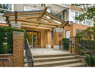 "Main Photo: 315 3551 FOSTER Avenue in Vancouver: Collingwood VE Condo for sale in ""FINALE"" (Vancouver East)  : MLS®# R2392973"