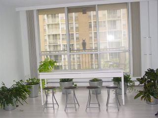 Photo 2: 902 9909 104 Street in Edmonton: Zone 12 Condo for sale : MLS®# E4169329