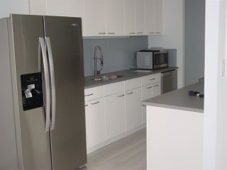 Photo 3: 902 9909 104 Street in Edmonton: Zone 12 Condo for sale : MLS®# E4169329