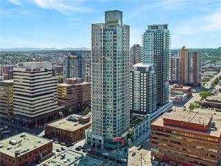 Photo 1: 2002 901 10 Avenue SW in Calgary: Beltline Apartment for sale : MLS®# C4264113