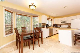 Photo 10: 4090 Saddleback Road in VICTORIA: Me Metchosin Single Family Detached for sale (Metchosin)  : MLS®# 416548