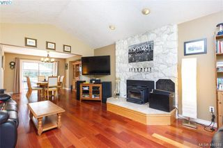 Photo 5: 4090 Saddleback Road in VICTORIA: Me Metchosin Single Family Detached for sale (Metchosin)  : MLS®# 416548