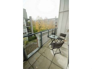 Photo 6: 306 2688 VINE Street in Vancouver West: Home for sale : MLS®# V1032594