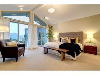 Photo 9: 2025 CARDINAL Crescent in North Vancouver: Home for sale : MLS®# V981605