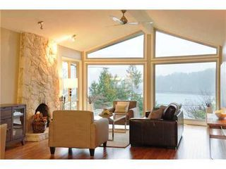 Photo 2: 2025 CARDINAL Crescent in North Vancouver: Home for sale : MLS®# V981605