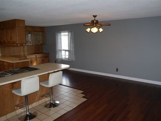 Photo 4: 4907&4911 47th Avenue: Stony Plain House for sale : MLS®# E4186492