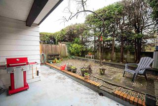 "Main Photo: 102 340 W 3RD Street in North Vancouver: Lower Lonsdale Condo for sale in ""McKINNON HOUSE"" : MLS®# R2437057"