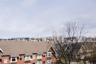 "Photo 18: 311 250 SALTER Street in New Westminster: Queensborough Condo for sale in ""PADDLERS LANDING"" : MLS®# R2445205"