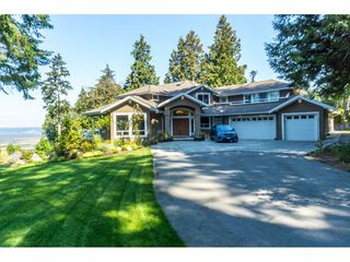 Photo 4: 12929 CRESCENT ROAD in Surrey: Crescent Bch Ocean Pk. House for sale (South Surrey White Rock)  : MLS®# R2456351