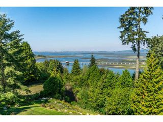Photo 28: 12929 CRESCENT ROAD in Surrey: Crescent Bch Ocean Pk. House for sale (South Surrey White Rock)  : MLS®# R2456351