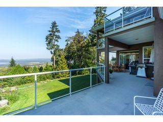 Photo 37: 12929 CRESCENT ROAD in Surrey: Crescent Bch Ocean Pk. House for sale (South Surrey White Rock)  : MLS®# R2456351