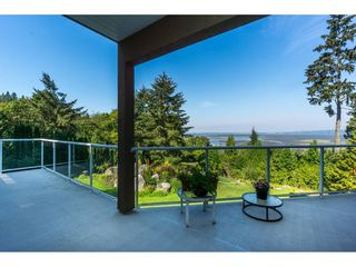 Photo 36: 12929 CRESCENT ROAD in Surrey: Crescent Bch Ocean Pk. House for sale (South Surrey White Rock)  : MLS®# R2456351