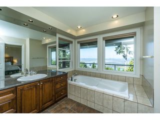 Photo 23: 12929 CRESCENT ROAD in Surrey: Crescent Bch Ocean Pk. House for sale (South Surrey White Rock)  : MLS®# R2456351