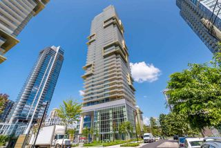 "Photo 3: 1607 6383 MCKAY Avenue in Burnaby: Metrotown Condo for sale in ""GOLD HOUSE"" (Burnaby South)  : MLS®# R2476423"