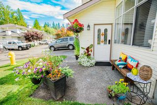 "Photo 3: 17 22900 126 Avenue in Maple Ridge: East Central Townhouse for sale in ""COHO CREEK ESTATES"" : MLS®# R2482443"