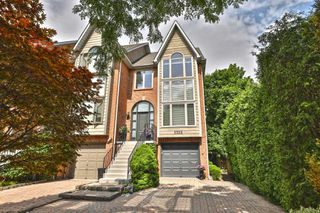 Photo 1: 2325 Marine Drive in Oakville: Bronte West House (3-Storey) for sale : MLS®# W4877027