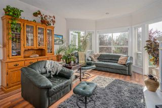 "Photo 5: 406 34101 OLD YALE Road in Abbotsford: Central Abbotsford Condo for sale in ""Yale Terrace"" : MLS®# R2505072"