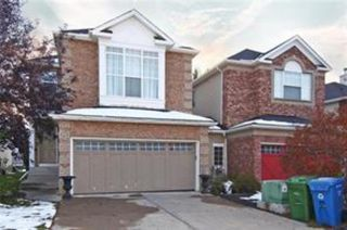 Main Photo: 17 Discovery Ridge Hill SW in Calgary: Discovery Ridge Semi Detached for sale : MLS®# A1050892