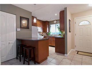 "Photo 3: 14 20699 120B Avenue in Maple Ridge: Northwest Maple Ridge Townhouse for sale in ""THE GATEWAY"" : MLS®# V929685"