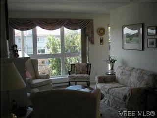 Photo 8: 408 1501 Richmond Ave in VICTORIA: Vi Jubilee Condo Apartment for sale (Victoria)  : MLS®# 577424