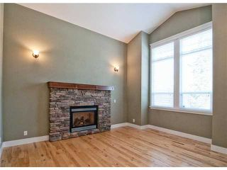 "Photo 2: 11253 CREEKSIDE Street in Maple Ridge: Cottonwood MR House for sale in ""BLUEBERRY HILL"" : MLS®# V992122"