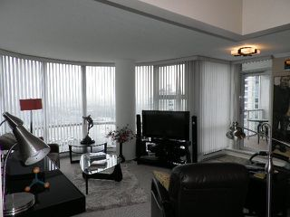 Photo 2: # 2308 193 AQUARIUS MEWS BB in Vancouver: Yaletown Condo for sale ()  : MLS®# V986324