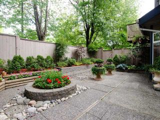 """Photo 3: 47 1195 FALCON Drive in Coquitlam: Eagle Ridge CQ Townhouse for sale in """"Courtyards"""" : MLS®# V1012695"""