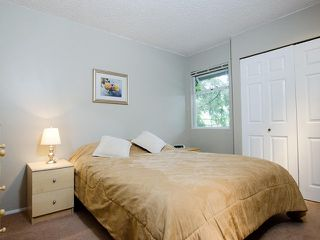"""Photo 12: 47 1195 FALCON Drive in Coquitlam: Eagle Ridge CQ Townhouse for sale in """"Courtyards"""" : MLS®# V1012695"""