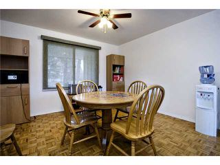 Photo 5: 6407 LAURENTIAN Way SW in CALGARY: North Glenmore Residential Detached Single Family for sale (Calgary)  : MLS®# C3580274