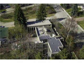 Main Photo: 6128 BELVEDERE RD SW in CALGARY: Bel Aire House for sale (Calgary)  : MLS®# C3615641