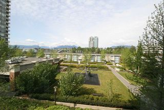 Photo 10: 502 4178 DAWSON STREET in Burnaby: Brentwood Park Condo for sale (Burnaby North)  : MLS®# R2062266