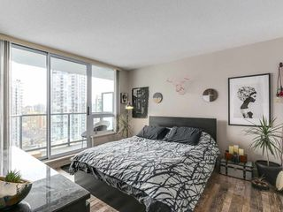 Photo 10: 1801 1212 Howe in Vancouver: Downtown VW Condo for sale (Vancouver West)  : MLS®# R2130353