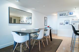 Photo 7: 2411 W 1ST AVENUE in Vancouver: Kitsilano Townhouse for sale (Vancouver West)  : MLS®# R2140613