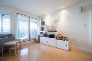 Photo 5: 2411 W 1ST AVENUE in Vancouver: Kitsilano Townhouse for sale (Vancouver West)  : MLS®# R2140613