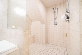 Photo 16: 2411 W 1ST AVENUE in Vancouver: Kitsilano Townhouse for sale (Vancouver West)  : MLS®# R2140613