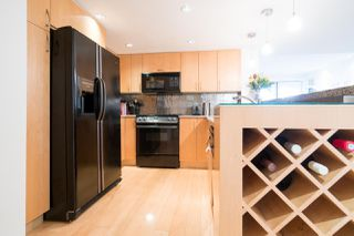 Photo 9: 2411 W 1ST AVENUE in Vancouver: Kitsilano Townhouse for sale (Vancouver West)  : MLS®# R2140613