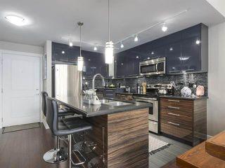 Photo 5: 426 12039 64 Avenue in Surrey: West Newton Condo for sale : MLS®# R2369916