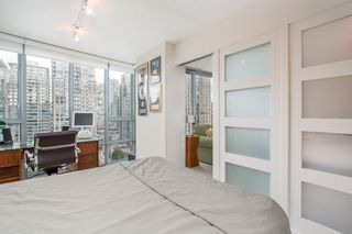 """Photo 9: 2205 930 CAMBIE Street in Vancouver: Yaletown Condo for sale in """"Pacific Place Landmark II"""" (Vancouver West)  : MLS®# R2394764"""
