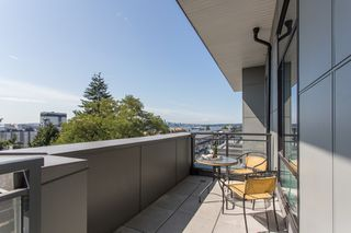 """Photo 13: 403 615 E 3RD Street in North Vancouver: Lower Lonsdale Condo for sale in """"Kindred"""" : MLS®# R2397321"""