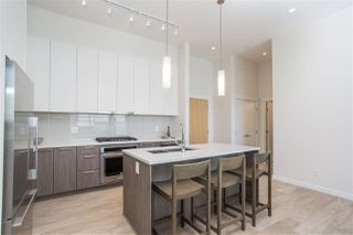 """Photo 5: 403 615 E 3RD Street in North Vancouver: Lower Lonsdale Condo for sale in """"Kindred"""" : MLS®# R2397321"""