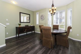 """Photo 9: 102 2418 AVON Place in Port Coquitlam: Riverwood Townhouse for sale in """"LINKS"""" : MLS®# R2403660"""