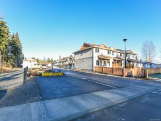 Photo 2: 42 2109 13th St in COURTENAY: CV Courtenay City Row/Townhouse for sale (Comox Valley)  : MLS®# 831816