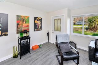 Photo 10: 3386/3390 Veteran St in VICTORIA: SE Mt Tolmie Full Duplex for sale (Saanich East)  : MLS®# 834043
