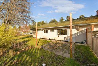 Photo 17: 3386/3390 Veteran St in VICTORIA: SE Mt Tolmie Full Duplex for sale (Saanich East)  : MLS®# 834043