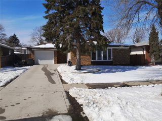 Photo 2: 255 St Michael Road in Winnipeg: Residential for sale (2C)  : MLS®# 202007377