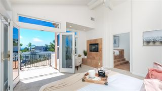 Photo 2: PACIFIC BEACH House for sale : 4 bedrooms : 1202 Archer St in San Diego