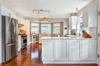 Photo 10: 15310 28A Avenue in Surrey: Sunnyside Park Surrey House for sale (South Surrey White Rock)  : MLS®# R2482968